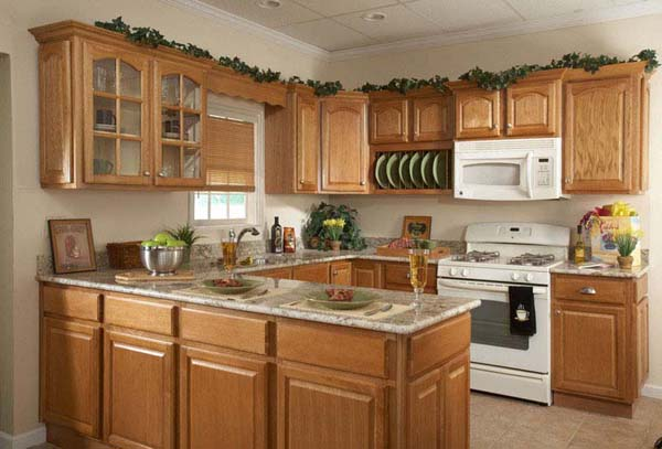 Decorating above kitchen cabinets ideas afreakatheart for Kitchen ideas for oak cabinets