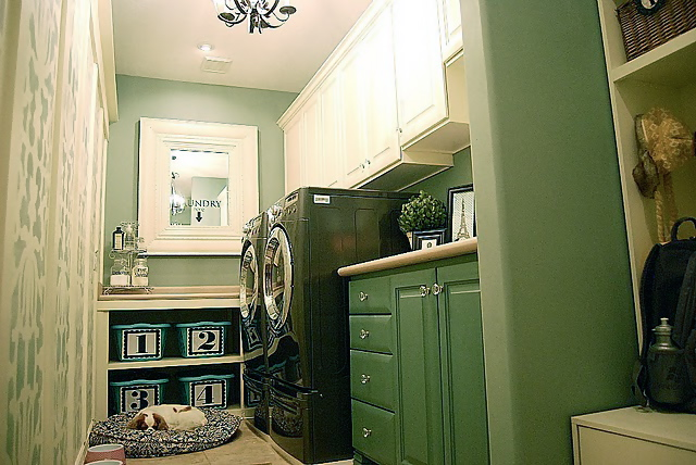 laundry room DIY project