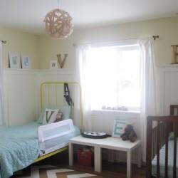 wood-veneer-light-in-room