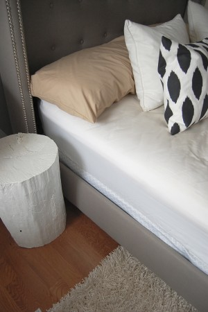 tufted wing back bed