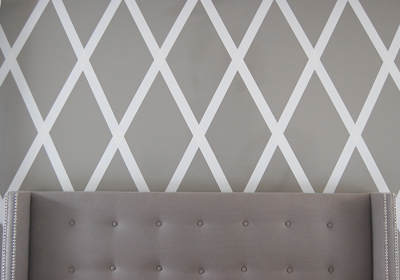 Wall Patterns With Tape Diy Masking Tape Wall Decor 1 Kathome