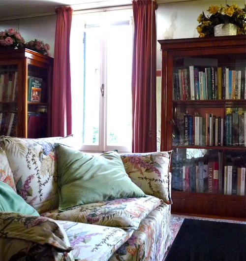 couch-in-study