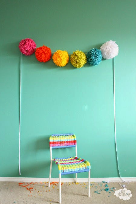 yarn poms