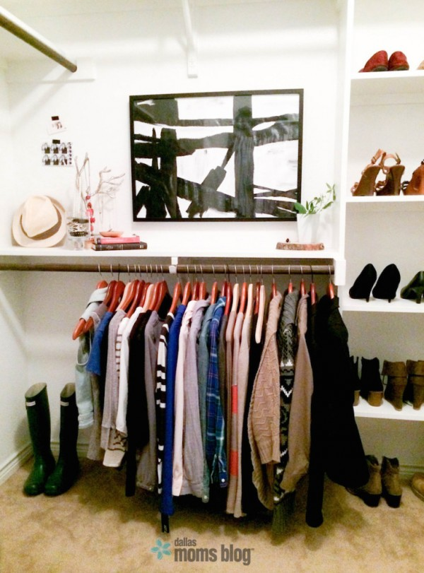 Dallas-Moms-Blog-Wardrobe-Capsule-Closet-Inspired-758x1024