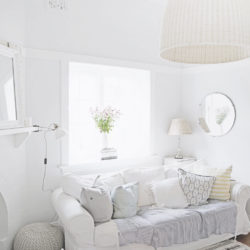 a-beach-cottage-white-vintage-lamp-sitting-room-blog-australia-sydney-coastal-beachy-decor-decorating